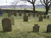 Blick auf die älteren Gräber